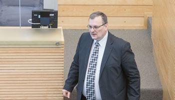 Teisme K. Daukšys beveik nieko nebeprisiminė apie Pelno mokesčio įstatymo keitimą