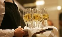 Britų alkoholio importuotojai kaupia atsargas Kalėdoms