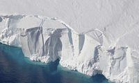 Atskilęs milijardus tonų sveriantis ledkalnis – ne klimato kaitos padarinys