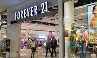 """Bankrutuojanti """"Forever 21"""" uždarys iki 350 parduotuvių visame pasaulyje"""