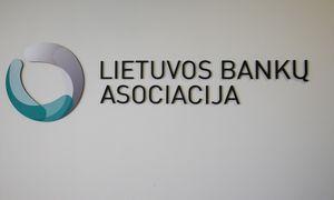 Bankų asociacija: apmokestinus kredito įstaigų turtą brangtų verslo ir būsto paskolos