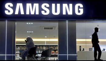 """Pietų Korėjos milžinė """"Samsung"""" uždaro paskutinę gamyklą Kinijoje"""