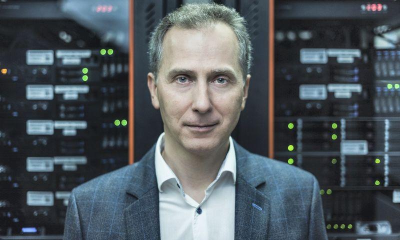 VGTU Informacinių sistemų katedros vedėjas prof. Dalius Mažeika.