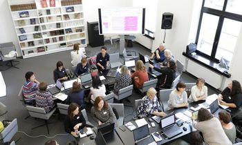 Šimtai mokytojų Lietuvoje pradėjo mokytis dirbti su technologijomis