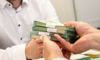 Valstybė šniukštinėjaprivačios skolos rinką – norima stiprinti atsvarą bankams