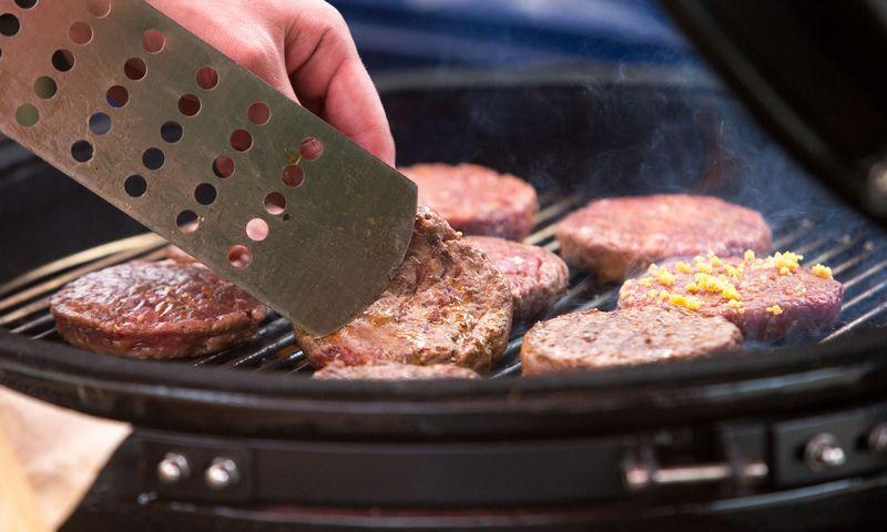 Per savaitę reiktų suvalgyti ne daugiau 3 porcijų raudonosios mėsos. Juditos Grigelytės (VŽ) nuotr.