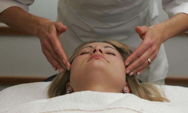 VMI: masažo paslaugas gali teikti tik juridiniai asmenys