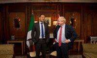 """JK ir Airijos lyderiai mato galimą """"Brexit"""" susitarimo kryptį"""