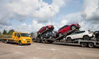 """Automobilių perpardavėjus vejasi mokesčiai, siaurėja landos """"ratus"""" įsigyti pigiau"""