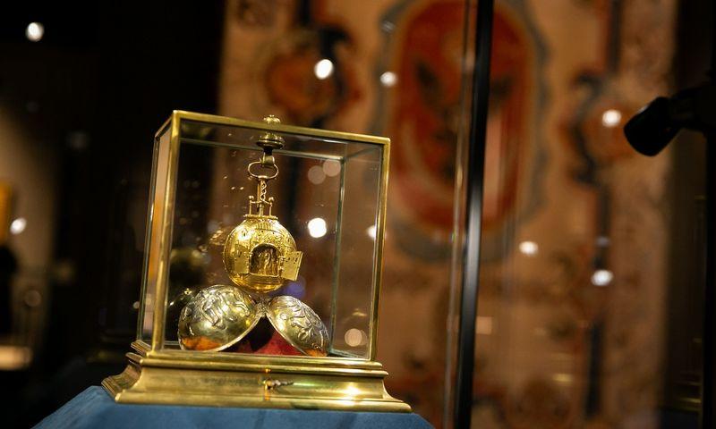 """Parodoje """"Radvilos. Kunigaikščių istorija ir paveldas"""" eksponuojama daugiau kaip 350 eksponatų. Žygimantas Gedvila (""""Scanpix"""") nuotr."""