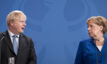 "B. Johnsono ""Brexit"" strategija: dėl visko kaltas Briuselis"