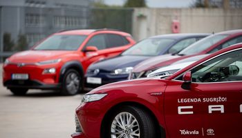 Įsigaliojo kompensacinių išmokų mažiau taršiems automobiliams įsigyti tvarka