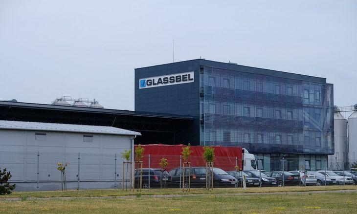 """""""Glassbel Baltic"""" krypsta į saulės modulių gamybą"""