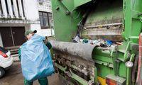 Kartelį sudariusioms atliekų vežėjoms teismas baudų nesumažino