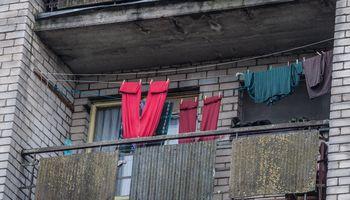 Eurostatas: beveik trečdalis Lietuvos gyventojų skursta