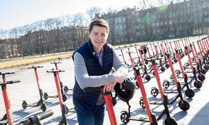 """""""CityBee"""" paspirtukų sezonas: lietuviai važiavo dažniausiai, latviai – toliausiai"""
