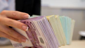 Vyriausybė pritarė 2020 m. Valstybės biudžeto projektui: pajamosauga sparčiau už BVP