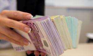 Valstybės biudžeto pajamos 2020 m. turėtų augti sparčiau už išlaidas