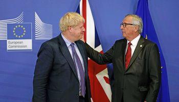 """B. Johnsonas patvirtino:pasiekė susitarimą su ESdėl""""Brexit"""""""
