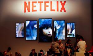 """""""Netflix"""" pelnas gerokai pranoko lūkesčius: akcijos pabrango dešimtadaliu"""