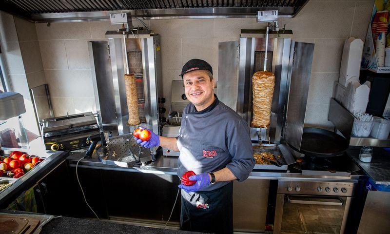 """Abbasas Dayekhas, UAB """"Sabil"""", valdančios """"Kebab station"""", savininkas, direktorius: """"Patiekalus gamine daugiausia iš libanietiškų produktų.""""Vladimiro Ivanovo (VŽ) nuotr."""