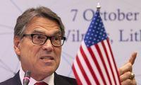 Iš pareigų traukiasi JAV energetikos sekretorius R. Perry