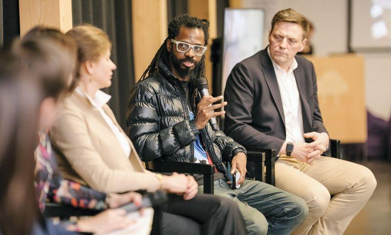 Bankole Oluwafemi, vieno svarbiausių Afrikos technologijų tinklaraščio TechCabal.com įkūrėjas ir vyriausiasis redaktorius.