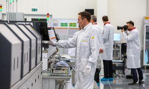 Dygstant naujoms gamykloms, robotų apmokestinimas Lietuvoje – tik laiko klausimas
