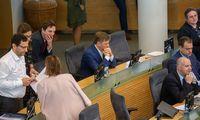 R. Karbauskis pasiskaičiuos, ar tebeturi valdančiąją daugumą