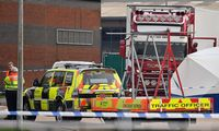 JK sulaikyto sunkvežimio priekaboje rasti 39 žmonių kūnai