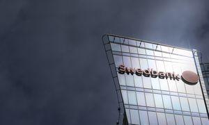 """Biržoje kentėjo """"Swedbank"""" akcijos, pakoreguotas """"Auga Group"""" vertinimas"""