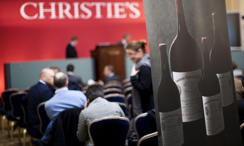 """""""Christie's"""" namų aukcione. Valentin Flauraud (""""Reuters"""" / """"Scanpix"""") nuotr."""
