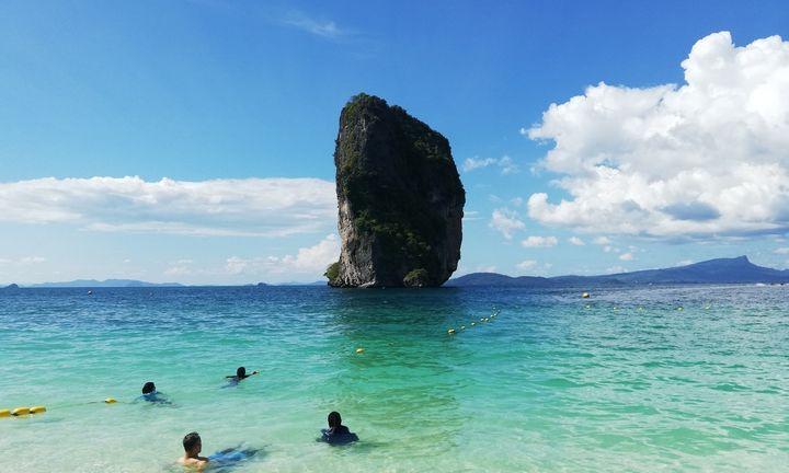 Smukus turistų srautams, Puketo viešbučiai mažina kambarių kainas