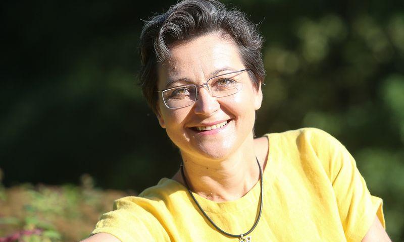 Eglė Daunienė, VU Tarptautinių santykių ir politikos mokslų instituto partnerystės docentė, sako, kad inovacijų ir robotizacijos laikais bendrovės privalės atrasti savo unikalias valdysenos sistemas. Vladimiro Ivanovo (VŽ) nuotr.