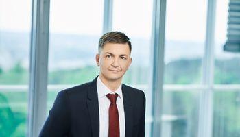 """V. Cucėnas traukiasi iš """"Vilniaus prekybos"""" komunikacijos komandos"""