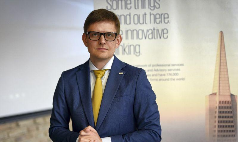 """""""Praktikoje yra buvęs ne vienas atvejis, kai pirkėjas, pamatęs nesutvarkytus procesus įmonės viduje, pasitraukia nuo derybų stalo"""", – didžiausią šalies SVV bėdą įvardina Darius Klimašauskas, audito, mokesčių ir konsultavimo paslaugų """"KPMG Baltics"""" finansų skyriaus vadovas. Ryčio Galadausko nuotr."""
