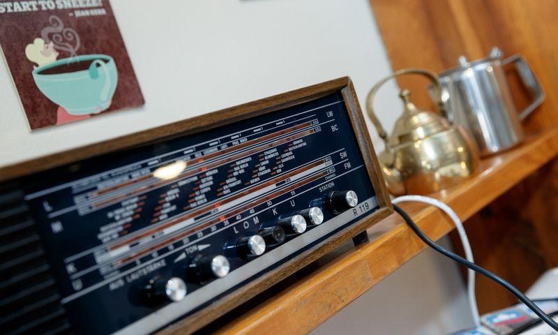 Turiu pasakyti, kad radijas man patinka labiau teoriškai. Vladimiro Ivanovo (VŽ) nuotr.