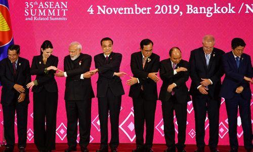 Didžiausios pasaulyjelaisvosios prekybos sutarties pasirašymas atidėtas