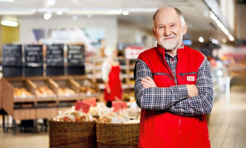 """Tinklapyje  Rimi.lt/amziusnesvarbu pasakojama apie daugiau kaip 10 m. """"Rimi"""" parduotuvėje dirbantį krepšelių ir vežimėlių surinkėją 74-erių Antaną, kuris apibūdinamas kaip kolektyvo siela."""
