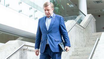 Biudžetiniai verpetai vis stipriau įsuka politikus