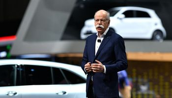 """Buvęs """"Daimler"""" vadovas: dievinu E. Muską, bet """"Tesla"""" vokiečių neaplenks"""