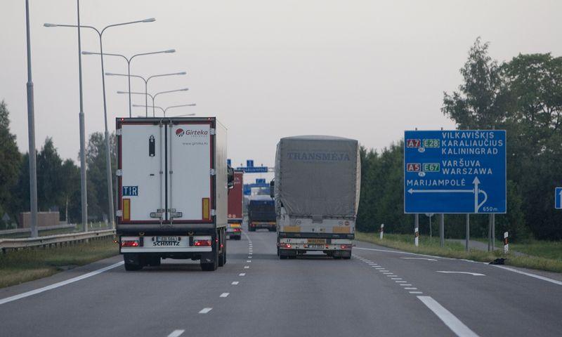 Europos kelias E67 – tarptautinis greitkelis, einantis nuo Prahos per Varšuvą, Marijampolę, Kauną, Panevėžį, Rygą, Taliną ir keltu iki Helsinkio. Ruožas nuo Varšuvos iki Talino dar vadinamas Via Baltica. Juditos Grigelytės (VŽ) nuotr.