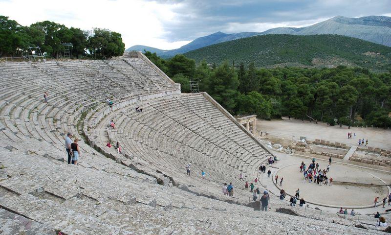 Epidauro amfiteatras Arkadijoje, Peloponeso pusiasalio vidurinėje dalyje. Gražinos Liukaitytės (VŽ) nuotr.