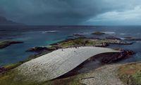Norvegai stato įspūdingą banginių stebėjimo centrą