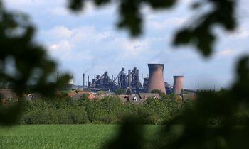 Europos plieno milžinę nuo bankroto gelbės kinai