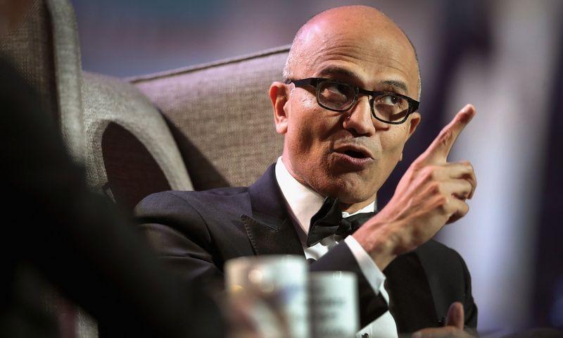 """Satya Nadella, """"Microsoft"""" vadovas, sako, kad lyderiui reikia trijų pagrindinių savybių. Scotto Olsono (AFP/""""Scanpix"""") nuotr."""