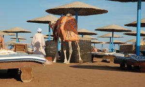 Egiptas didina išvykimo mokestį turistams