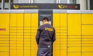 Lietuvos pašto valdyba ministrui darkart kartoja, kad nebeina pareigų