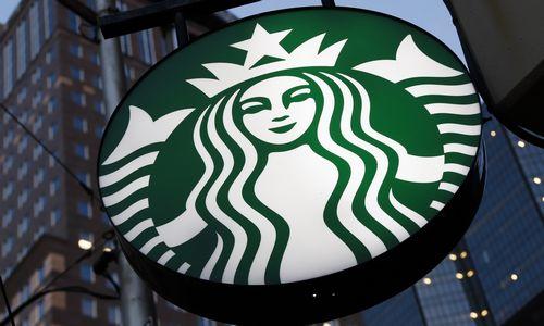 """""""Starbucks"""" į Baltijos šalis galėtų atvesti """"Tallink"""", teigia analitikai"""