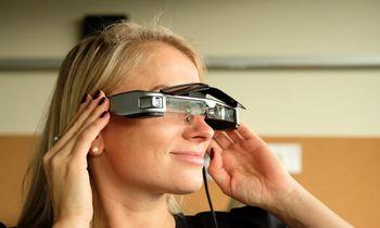 Papildytosios realybės akiniai grįžta, bet tik į verslo sektorių